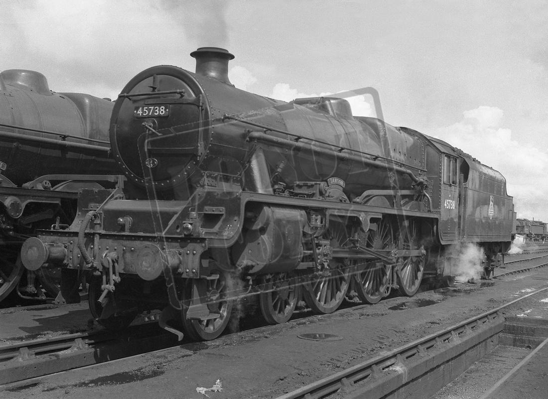 Rail-Online: Jubilee - post 1948 &emdash; 45738 1958 Bushbury