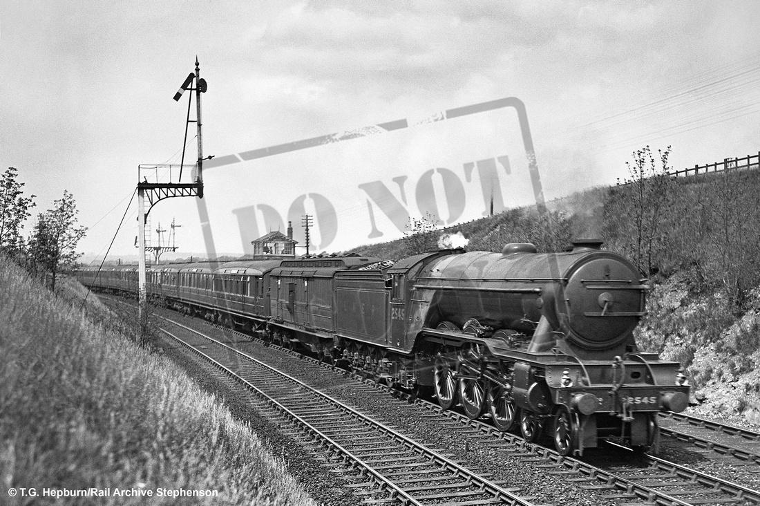 Rail-Online: A1 4-6-2 (Gresley) &emdash; 2545 1931c Grantham