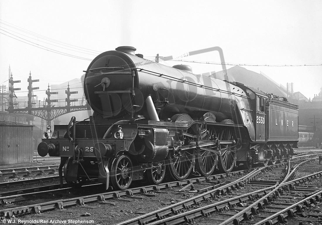 Rail-Online: A1 4-6-2 (Gresley) &emdash; 2550 1928c Kings Cross