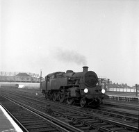 80012 1960s Clapham Junction-ROneg-045