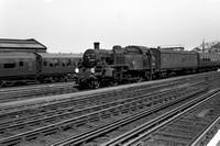 82019 1960s Clapham Junction-ROneg-020