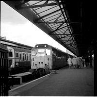 31419 1970s Portsmouth Harbour -ROneg-1612-533