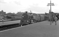 80019 1960s Clapham Junction