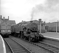 42054 1960s Lincoln Central
