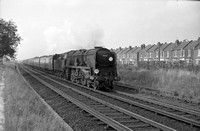 34004 1966-08 near Eastleigh-ROneg-322