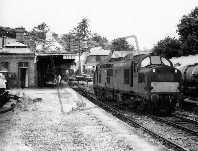 RailOnline   Class 37 English    Electric    Type 3   D69xx