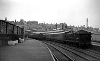 69861 1957-04 Whitby Town